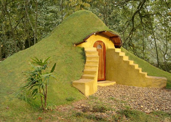 earthbaghouse